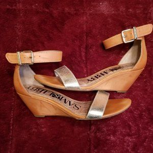 COGNAC & GOLD ANKLE STRAP WEDGE HEELED SANDALS